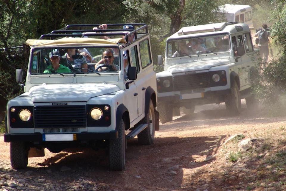 Passeio de Jeep na serra de Monchique