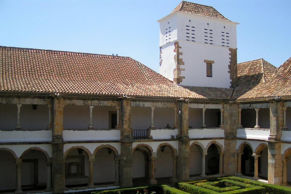 mUSEU mUNICIPAL E rEGIONAL DO algarve